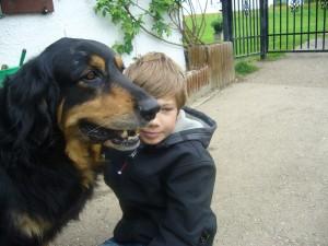 Bino mit einem seiner besten Freunde